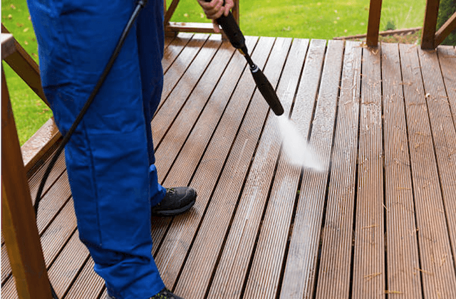 mesquite deck cleaning